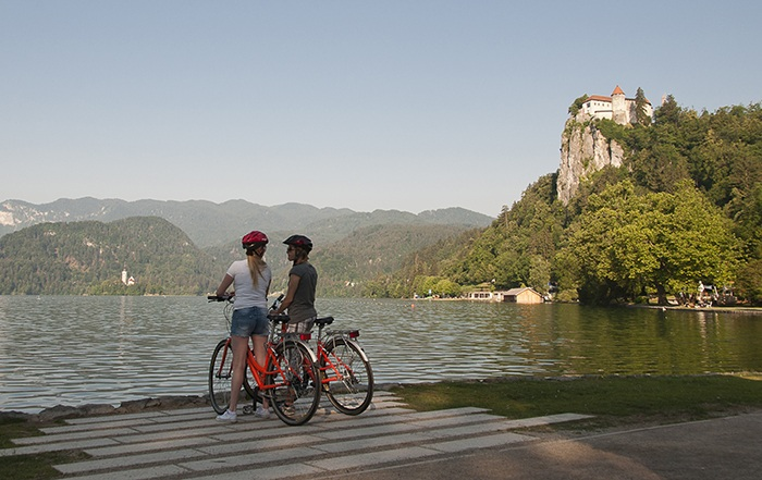 Best of Slovenia cycling tour with Helia