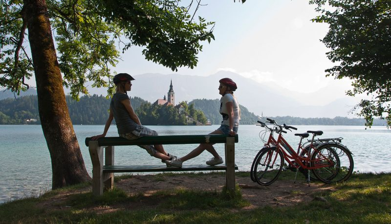 Lakes and Cities Cycling Tour